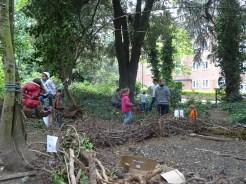 free family nature activity Knight Hill Wood Lambeth London-4