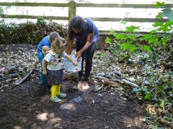 Free Family Forest School Knights Hill Wood Lambeth London-7