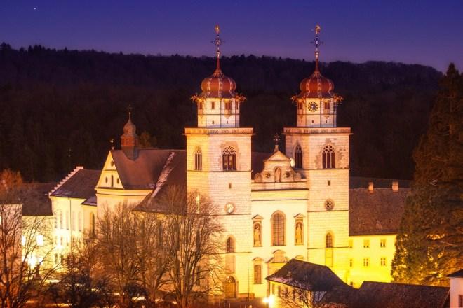 Kloster Rheinau am Abend
