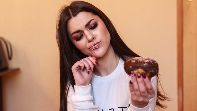 6-formas-de-prevenir-la-bulimia-en-la-adolescencia.