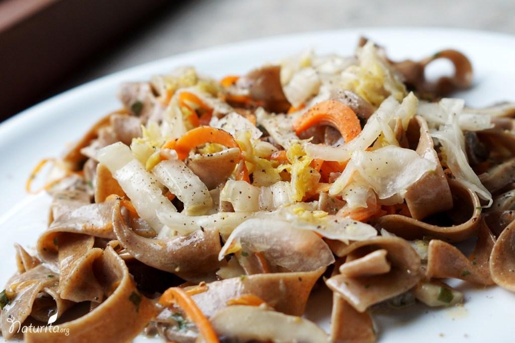 Nudeln mit Champignons und Sauerkraut_2