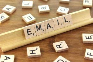 Neem contact op en stuur een Email