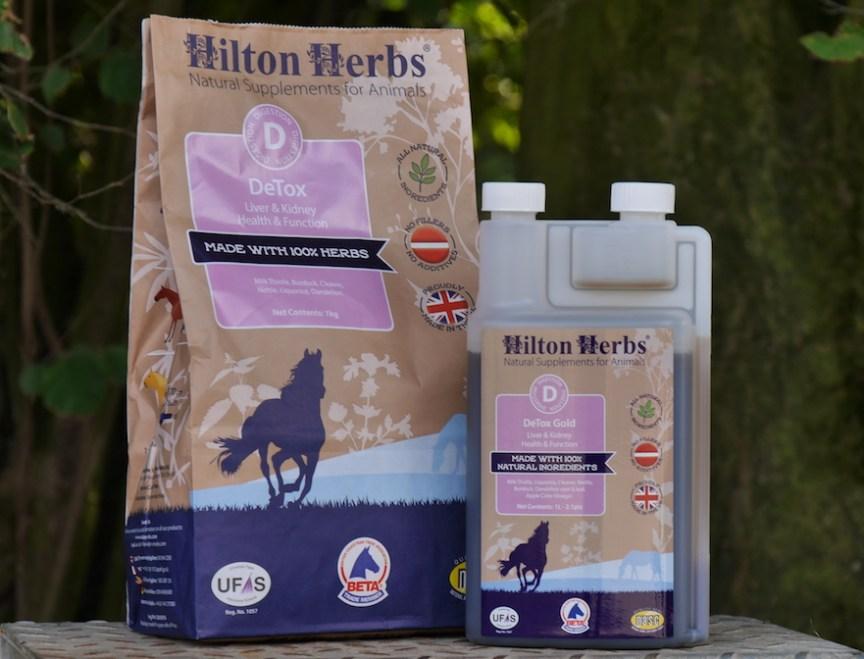 Hilton Herbs DeTox helpt je paard afvalstoffen afvoeren