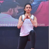Special Feature - rakul preet singh aerobic photos