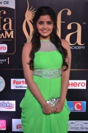 anupama parameswaran hot at iifa 2017DSC_01810018