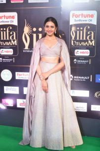 rakul preet singjh hot at iifa awards 2017DSC_90710037