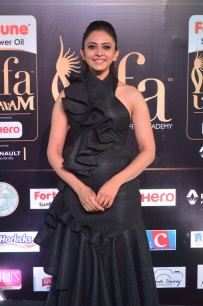 rakulpreetsingh hot at iifa awards 2017DSC_24020017