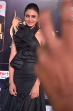 rakulpreetsingh hot at iifa awards 2017DSC_24430058