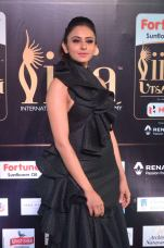 rakulpreetsingh hot at iifa awards 2017DSC_24660081