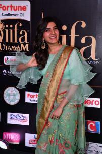 samantha hot at iifa awards 2017HAR_60570025