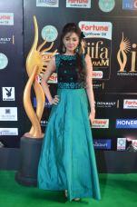 sanam shetty hot at iifa 201718