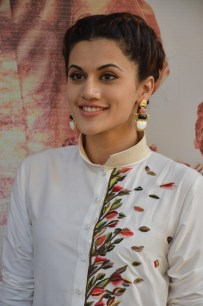 tapsee at name shabhana promotion press meetHAR_32650030