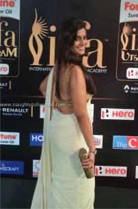 varalakshmi sarathkumar hot at iifa awards 2017DSC_82370063_wm