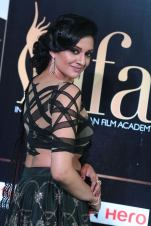 vimala raman hot at iifa awards 201719