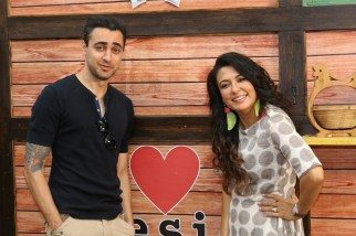 imran khan on location minitruck show imran khan on location minimathur show truckIMG_1833