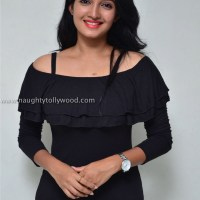 beautiful deepthi shetty latest glam pics
