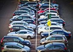 Parkowanie prostopadłe na egzaminie. Jak zaparkować aby zdać?