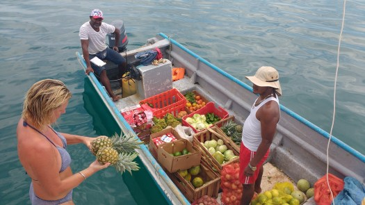Veggies come to you in San Blas. A Floating market of sorts.