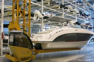 Almacenamiento y mantenimiento de la embarcacion.