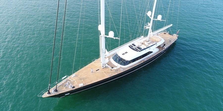 Perini Navi S/Y Seven, un velero de 60 mts.