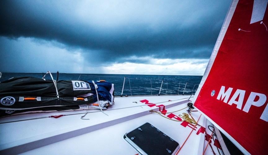 Volvo Ocean Race, 50 millas se separan primero del último