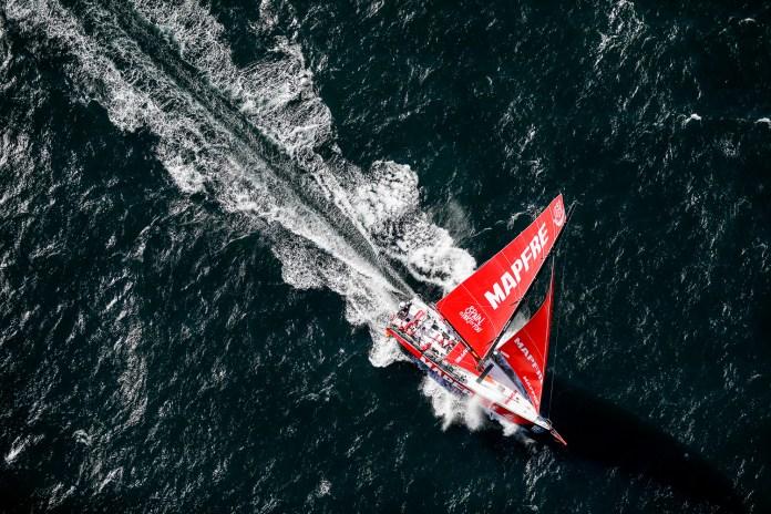 El MAPFRE arrasa la etapa 2 de la Volvo Ocean Race