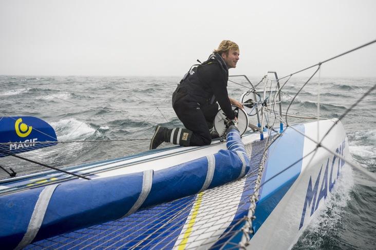 François Gabart establece el récord del cruce del Pacífico en solitario
