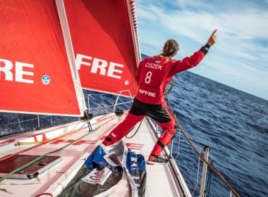 Volvo Ocean Race. Los líderes aguantan el ataque del MAPFRE