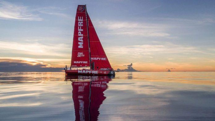 Volvo Ocean Race en el infierno de los Doldrums