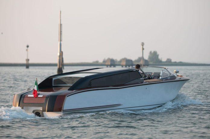Thunder, el taxi híbrido de Venecia.