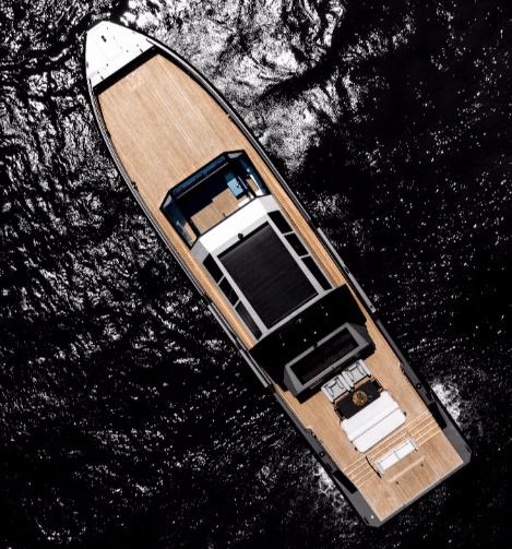 Mazu Yachts de 82