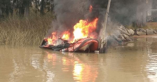 Incendio de una lancha de Prefectura en el Delta.