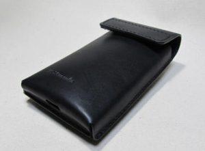ヌメ革黒スマートフォン