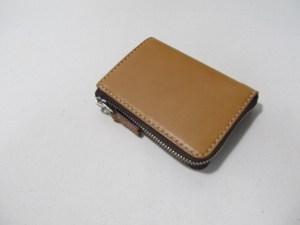 L字ファスナー二つ折り財布8