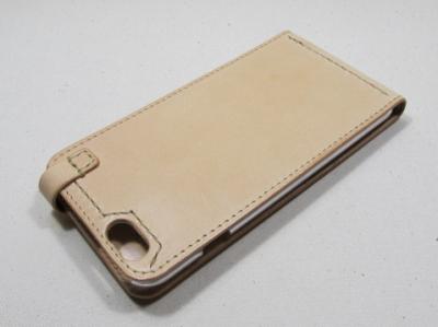 iphone6plusケース背面ヌメ革