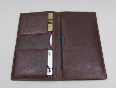 パスポートケース革レザー