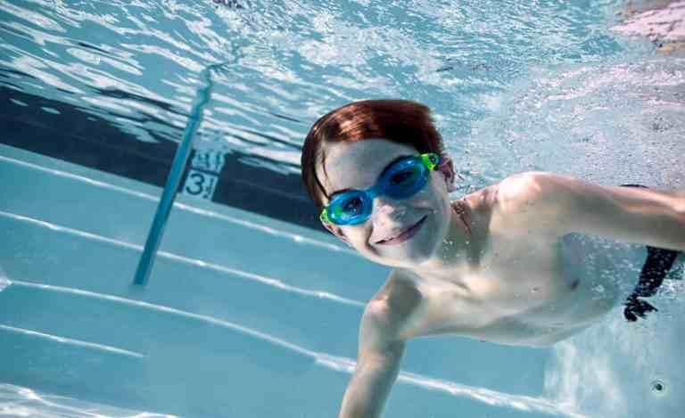 משקפת שחייה הטובה ביותר לילדים