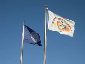Navajo Nation and Utah state flags