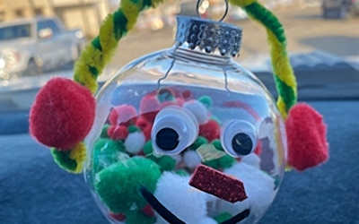 T' iis Nazbas Community School Christmas Ornament Contest