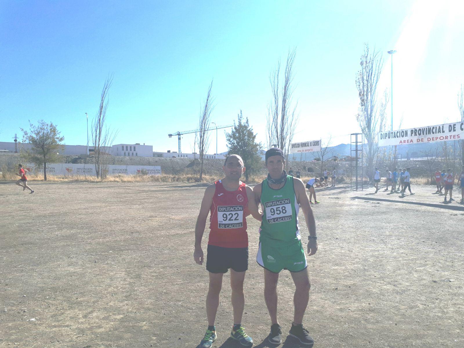 Navalmaratón estuvo en Valencia, Jarandilla de la Vera y Cáceres