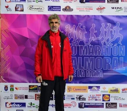 Antonio Serradilla Corchero de CD Navalmaraton padrino del VIII Cross Camino de la Ermita de la Dehesa de Jaraíz de la Vera