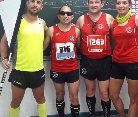 Navalmaratón en la XXVII Maratón y V Media Maratón de Badajoz (4)