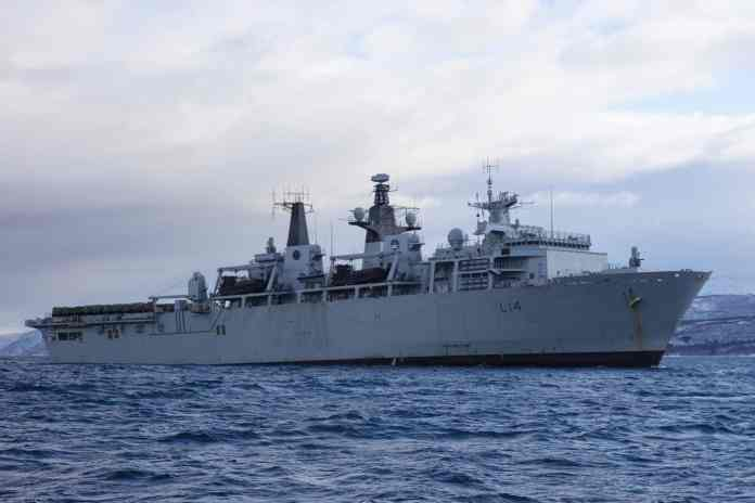 ag200007376 1 - naval post- naval news and information