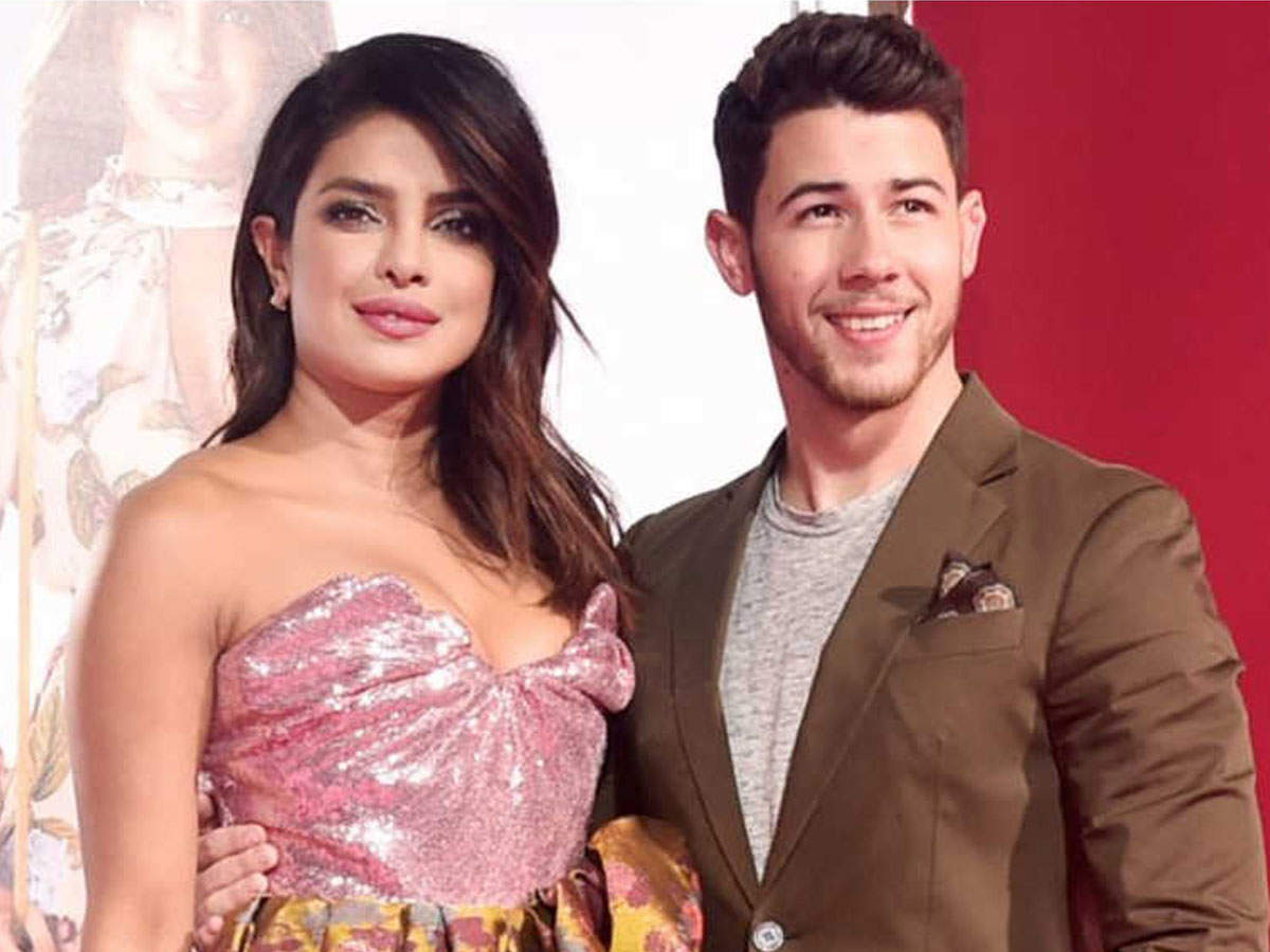 Priyanka Chopra wants to come to India on Holi, Nick Jonas loves sweets here