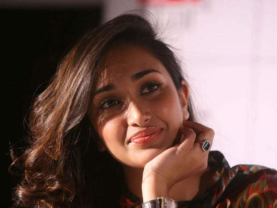 Jiah Khan Birthday: डेब्यू फिल्म से छा गई थीं जिया खान, आपको पता है असली नाम?