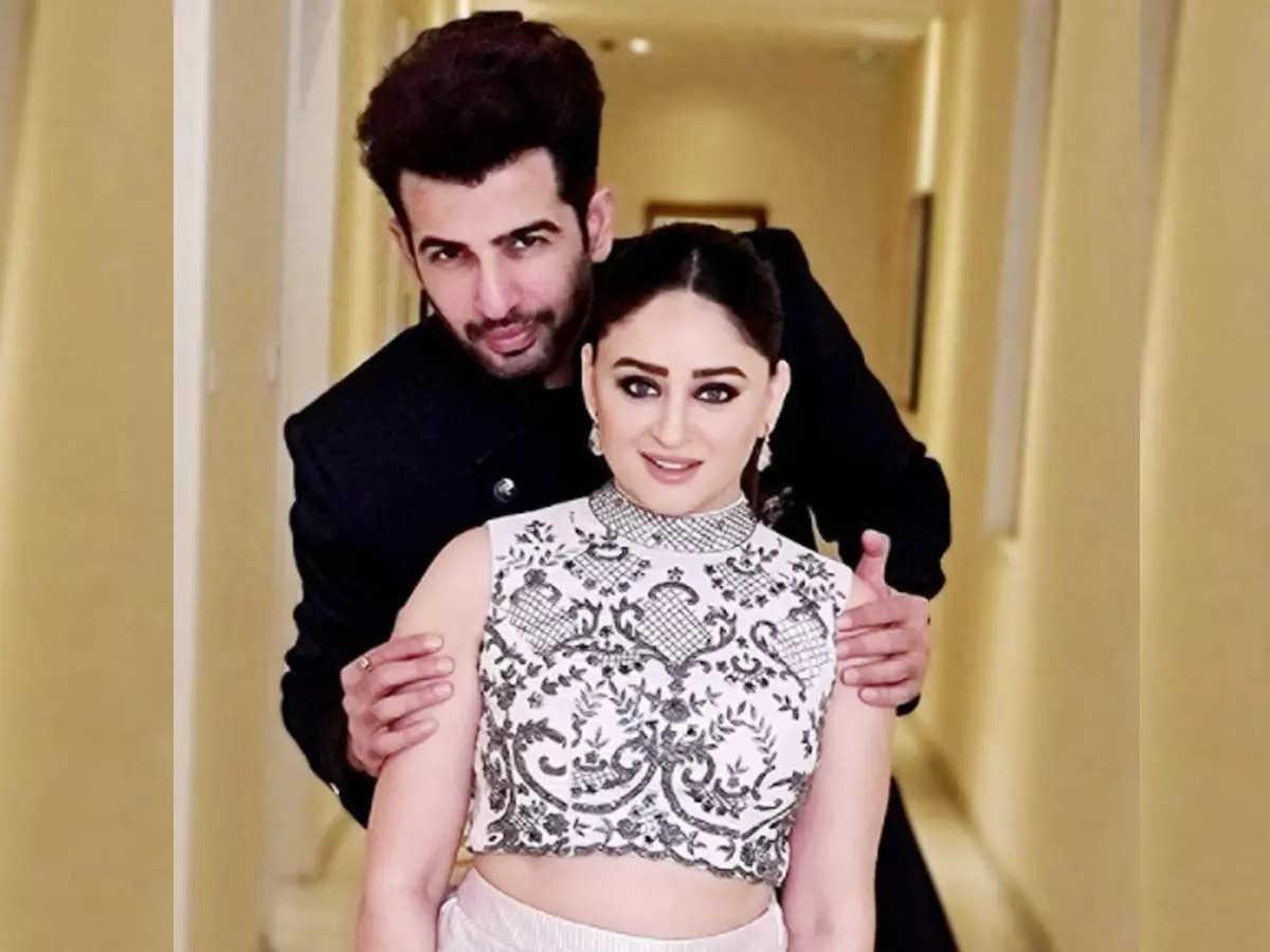 Mahi Vij blocked her husband Jay Bhanushali on Instagram: Ragit Mahi Vij blocked her husband Jay Bhanushali on Instagram and later posted this picture