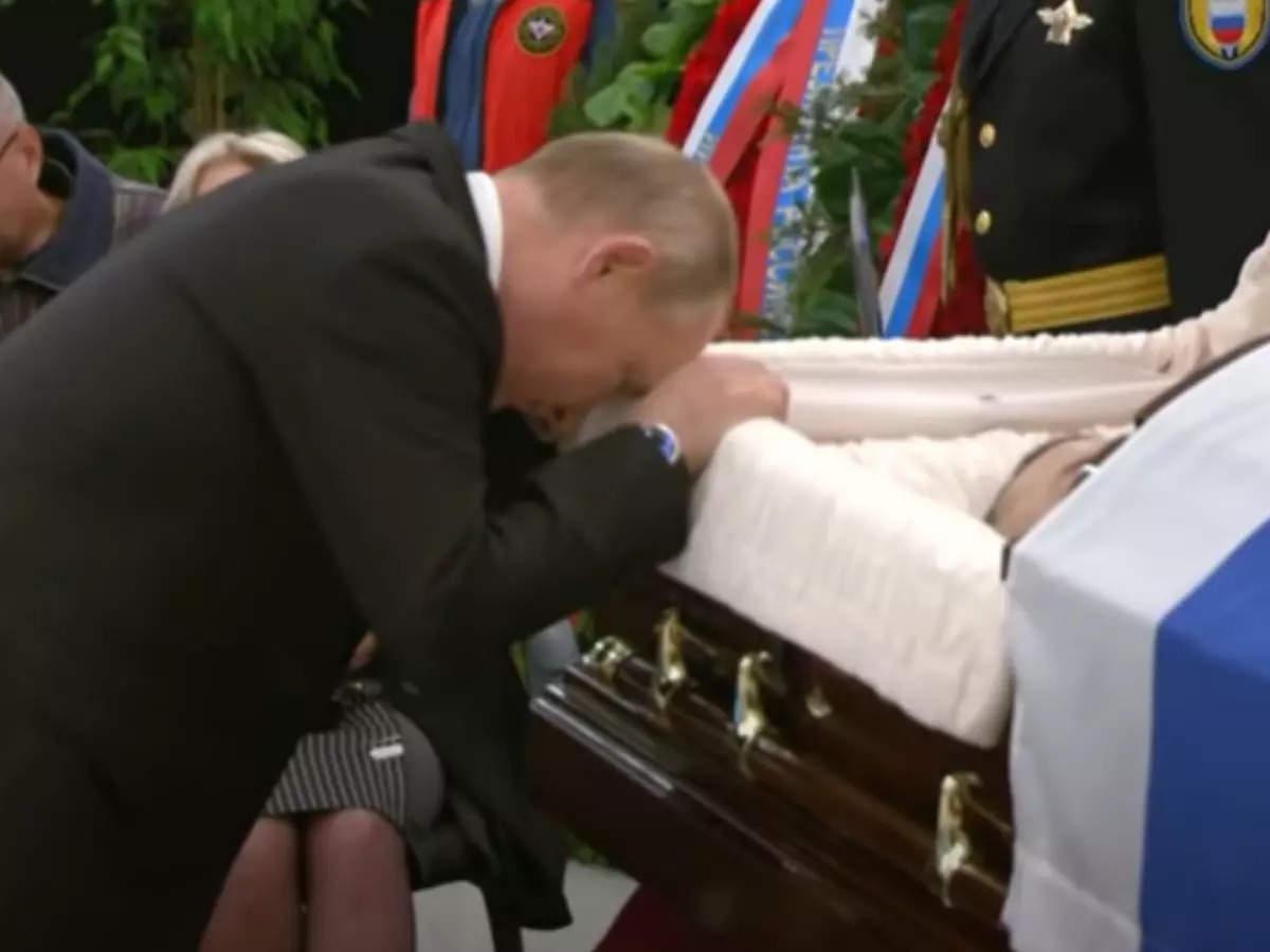 Russian President Vladimir Putin cried at a friend's funeral
