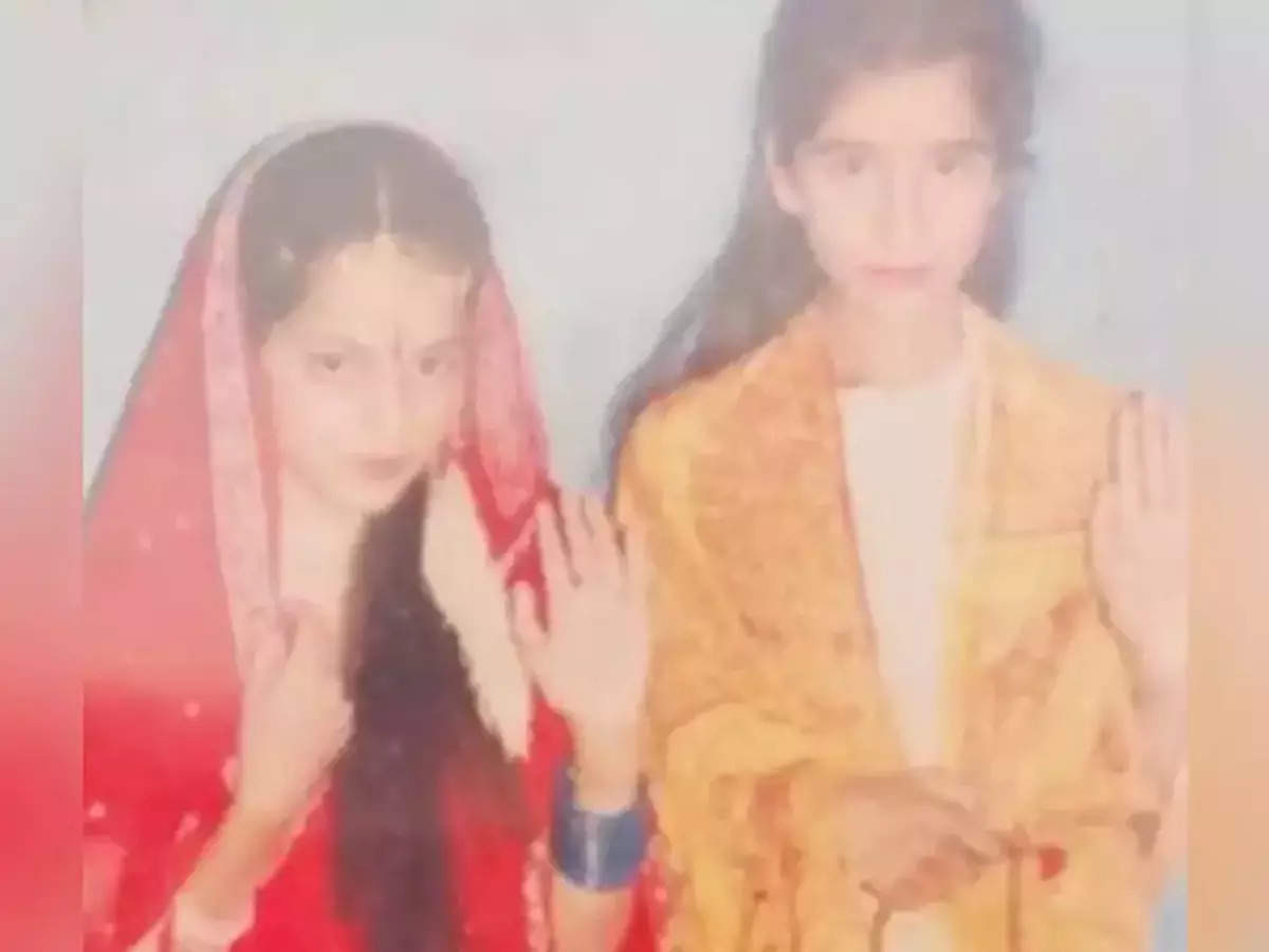 Kangana Ranaut shared a picture of the school play where she played the role of Sita