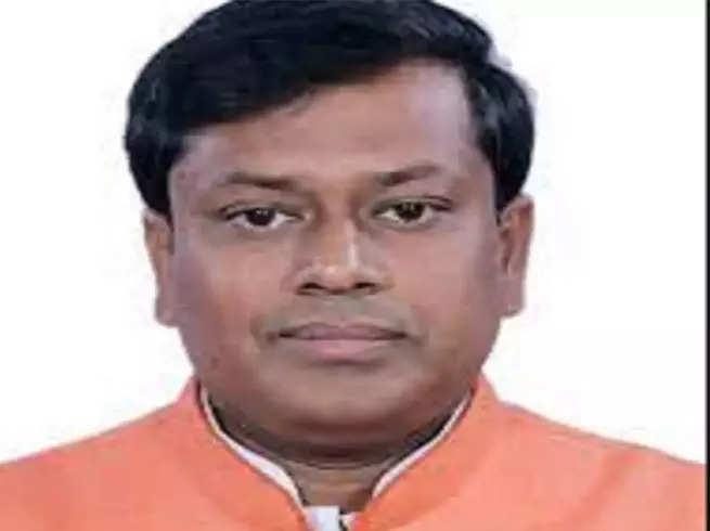 Sukanta Majumdar Bengal BJP President: Bengal BJP News: Why did BJP replace Dilip Ghosh with Sukanta Majumdar as Bengal BJP chief?