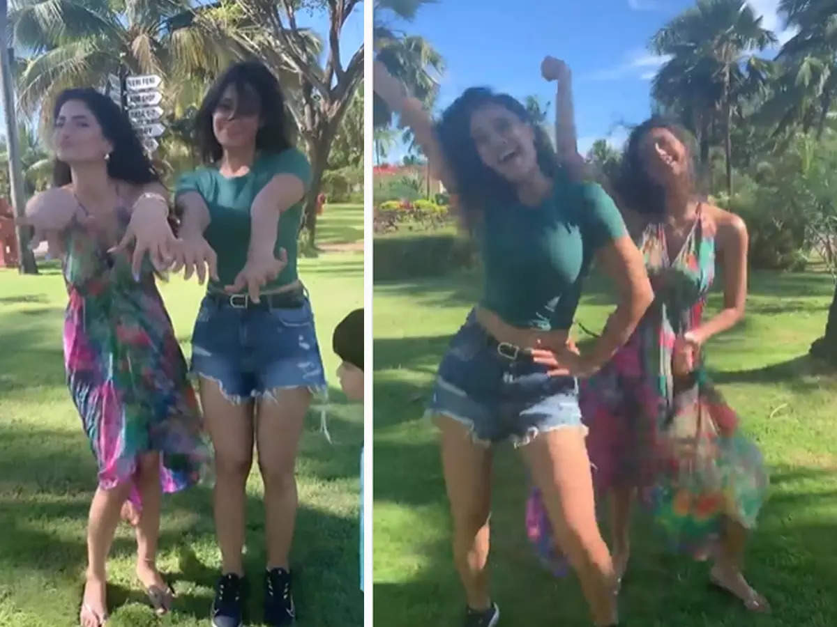 Shweta Tiwari Parent Dance Video: Shweta Tiwari dancing with her daughter Palak on her birthday Watch the video: Fans were amazed to see Shweta Tiwari and Palak in the dance video, said- Who is the mother, who is the girl